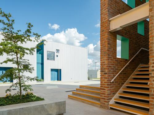 国外幼儿园设计:墨西哥taleny学校/aro estudio