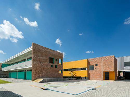国外幼儿园设计操场效果图