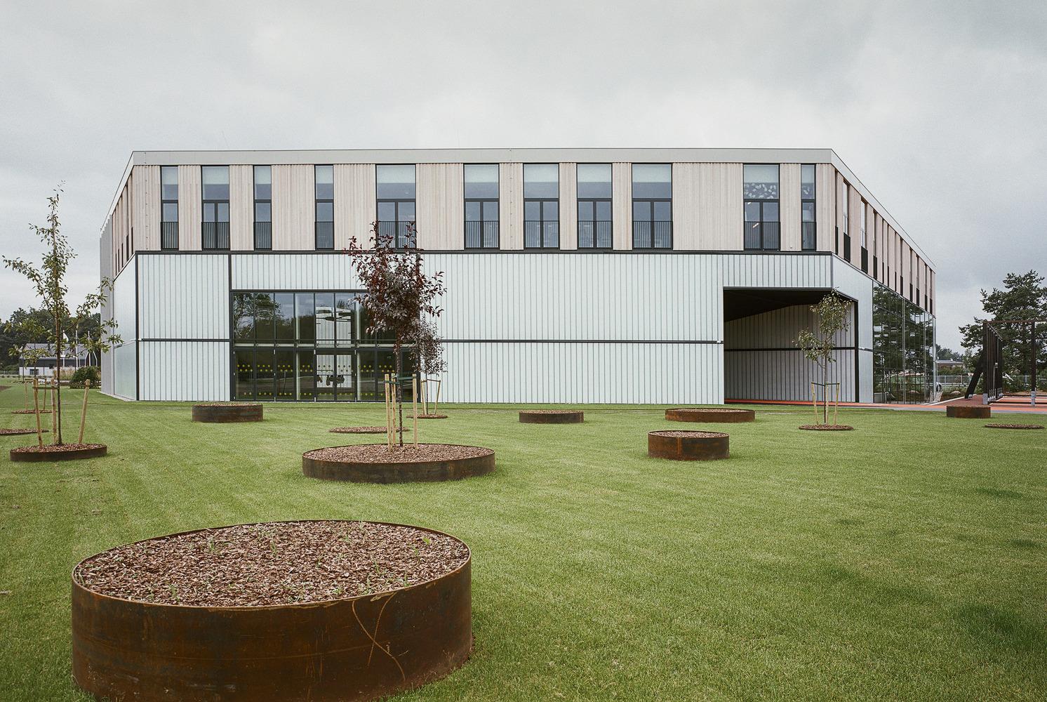 国外幼儿园设计:拉脱维亚exupery国际学校