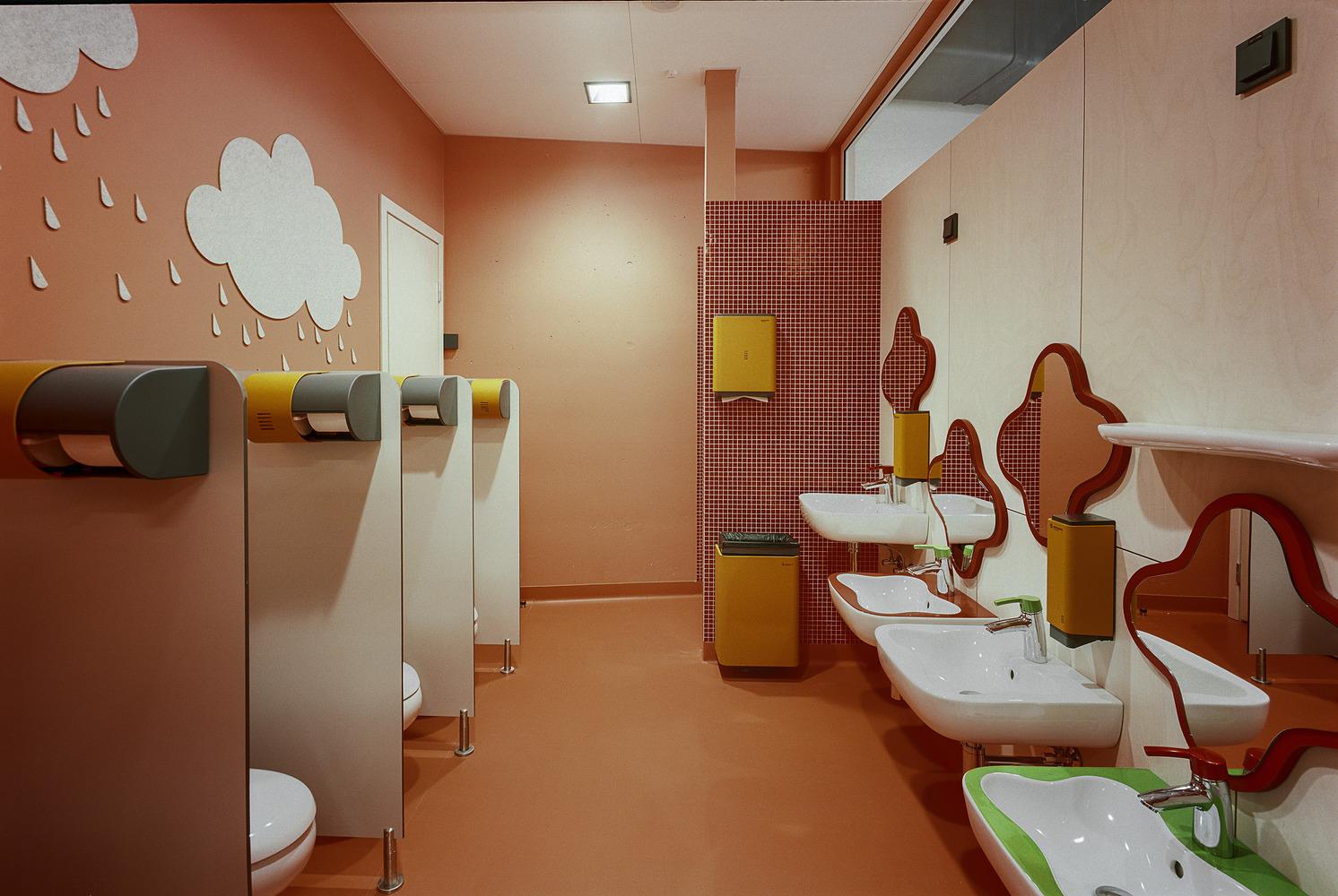 国外幼儿园设计:拉脱维亚exupery国际学校图片