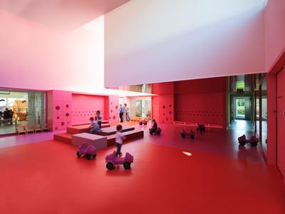国外幼儿园设计:法国小村庄幼儿园