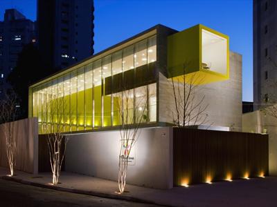 巴西圣保罗佳期幼儿园建筑夜景效果图