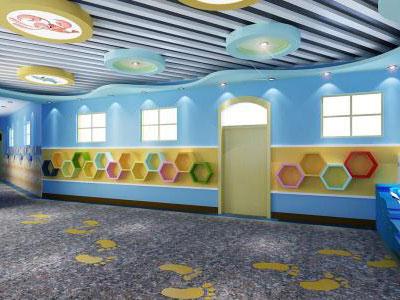 就是在幼儿园装修设计中,运用顶面和墙面的造型营造出一种童话般的